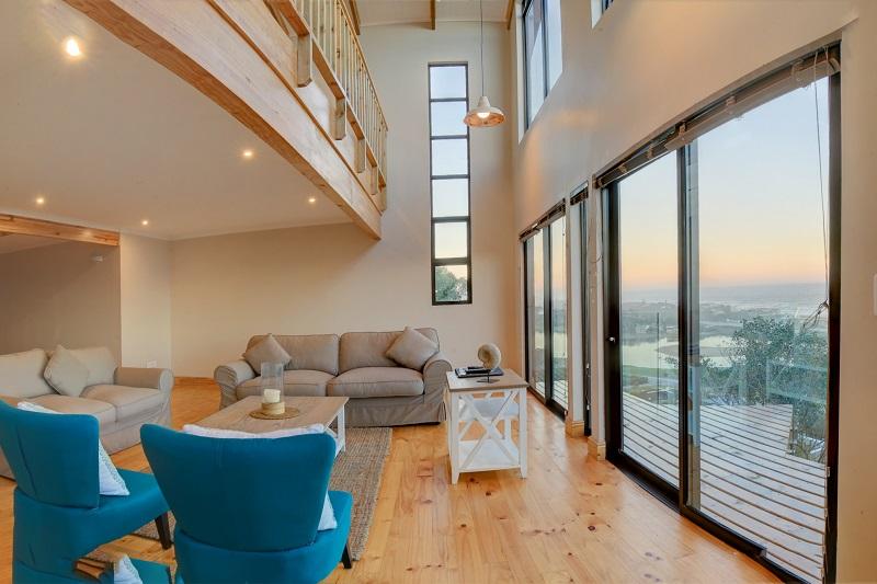 Boardwalk Lodge Luxury Chalet Lounge