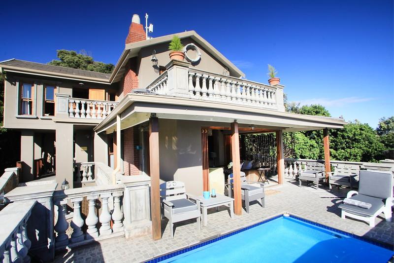 Livingstone Villa Balcony