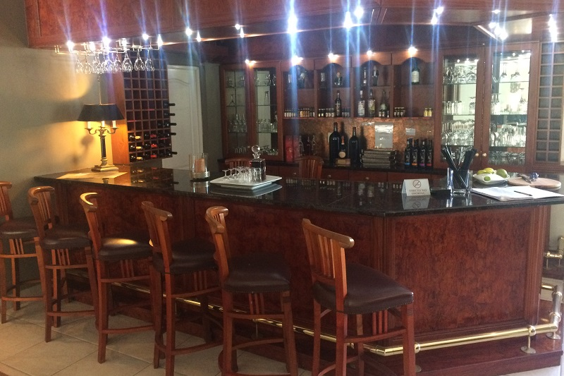 Cinnamon Boutique Hotel Bar